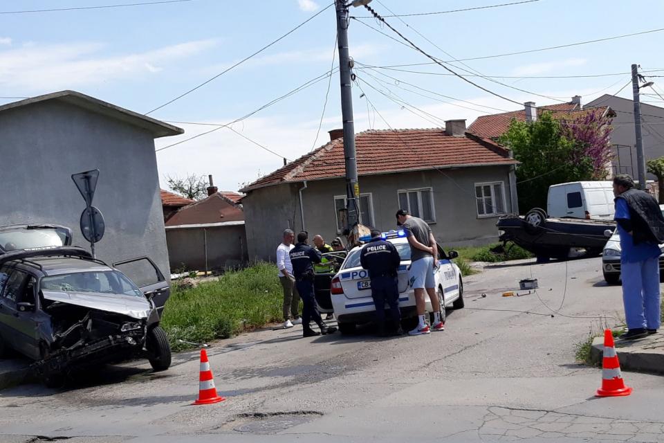 """Вчера, към 13 часа е получен сигнал за настъпило пътнотранспортно произшествие, без пострадали, в района на кръстовището на ул. """"Георги Шейтанов"""" и ул...."""