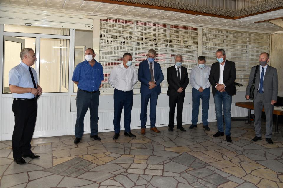 В Сливен днес беше открит Център по медиация към Окръжния съд. Основната му функция е разрешаване на спорове по доброволен начин при среща на гражданите...