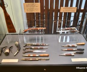 В Сливен беше открита изложба от възрожденски оръжия