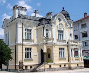 Сливенската галерия получи като дарение пет живописни платна на Борис Дамянов
