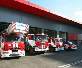 Сливенската пожарна с инструкции за безопасно пролетно почистване