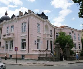 Сливенските библиотеки отварят за посетители