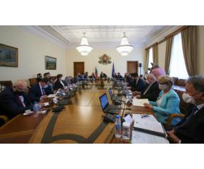 Служебният кабинет одобри близо 60 милиона лева за парламентарните избори
