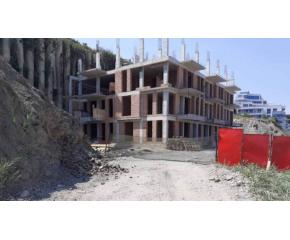 Спряха всички строителни работи на плажа в Обзор.
