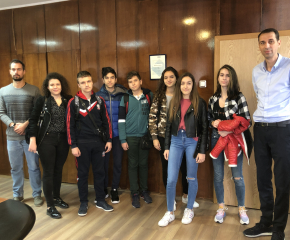 """Среща на кмета Валентин Ревански с ученици от ПМГ """"Атанас Радев"""""""