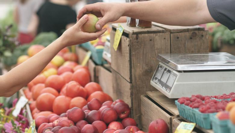 За втори път в Сливен ще се проведе фермерски пазар за производители от града и региона. Той ще бъде позициониран през целия ден отново пред сградата на...