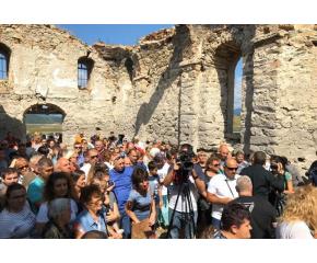 """Старозагорският митрополит отива в Потопената църква на """"Жребчево"""""""