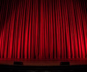 """Стартира Националният детско-юношески театрален фестивал """"Сцена под сините камъни"""""""