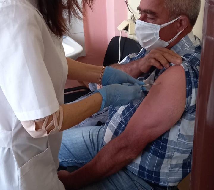 Тунджанските села Гълъбинци, Златари и Межда са първите, в които мобилният екип на РЗИ – Ямбол започна ваксинация срещу коронавирус на трудно-подвижни...