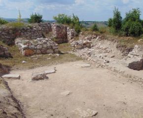 """Стартира вторият етап на археологическите проучвания на Средновековната крепост """"Малкото кале"""" край село Воден, община Болярово"""