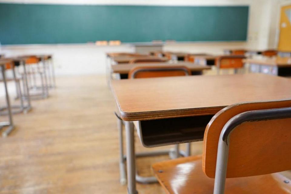 Предучилищно образование Към 1.12.2019 г. в област Ямбол функционират 19 самостоятелните детски градини с директор, като в сравнение с предходната учебна...