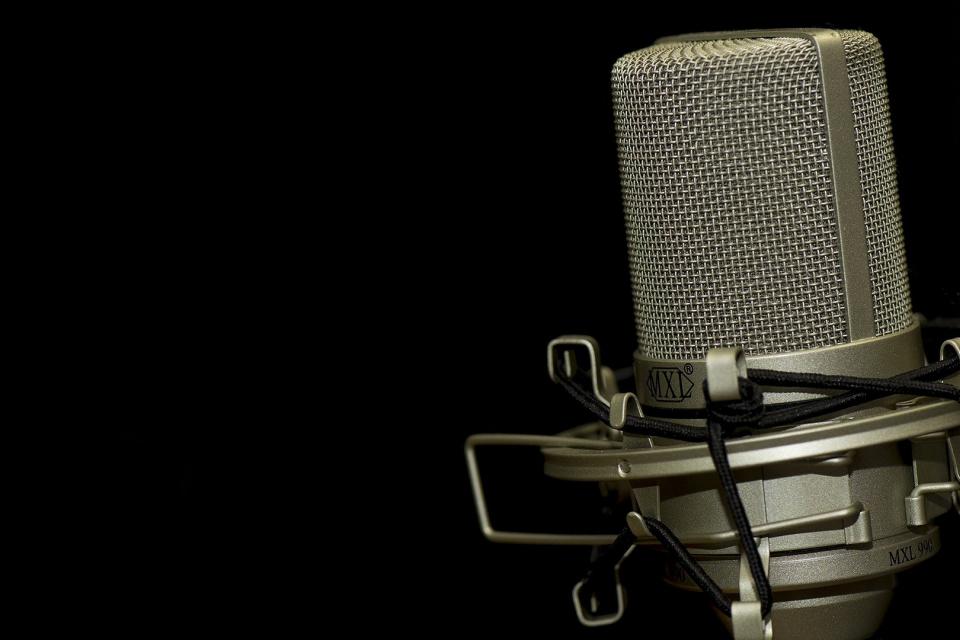 По инициатива на ЮНЕСКО, след гласуване на Генералната Асамблея на ООН през 2012 г., за Световен ден на радиото е обявен 13 февруари – рождената дата на...