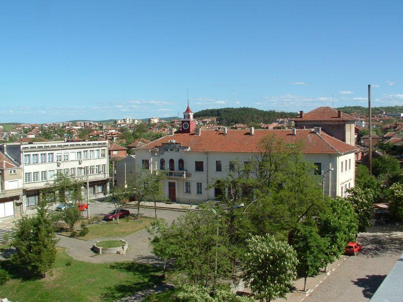 Покана за всички свързани с град Стралджа да се завърнат в родния дом през следващия Великден. С такъв призив излезе кмета на град Стралджа в своята фейсбук...