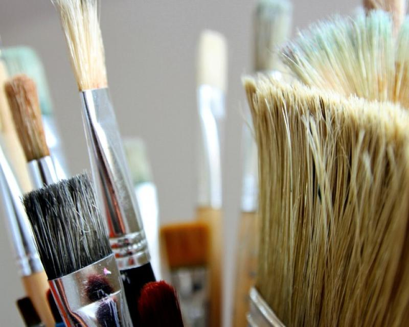 """""""Колаж – пейзаж"""" е темата на поредното съботно творческо ателие в къща """"Миркович"""" при Художествена галерия """"Димитър Добрович"""" - Сливен. Това съобщиха..."""