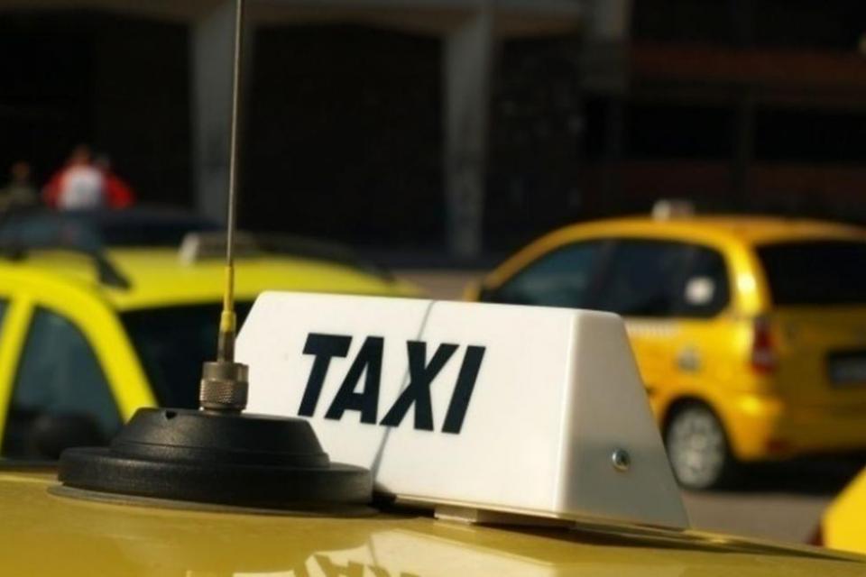 Таксиметрови превозвачи в столицата и в други областни градове излизат на протест. Те настояват за актуализация на тарифите за услугата и за адекватни...