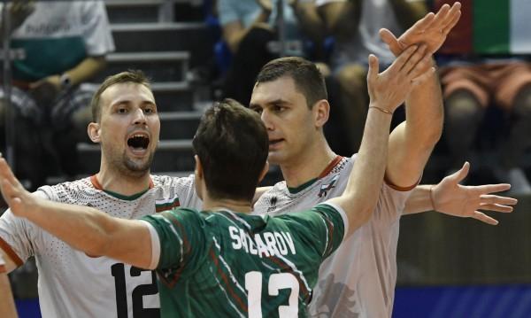 """България постигна третата си поредна победа в груповата фаза на Евро 2019 по волейбол при мъжете. В трета среща от група """"А"""" """"трикольорите"""" победиха изключително..."""