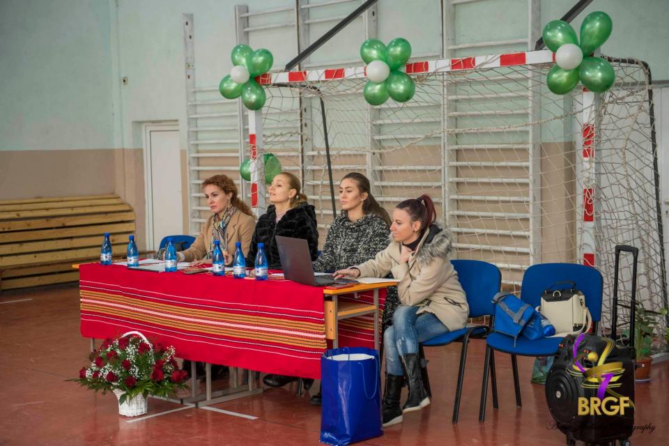 """Третият ден от изпитите в югоизточна България приключи в Ямбол и Хасково.Децата от СК """"Тунджа"""", гр. Ямбол изцяло бяха уловили основната идея по работата..."""