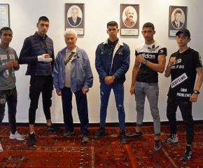 """Три медала за боксьорите на """"Априлец"""" от Държавния личен шампионат за юноши"""