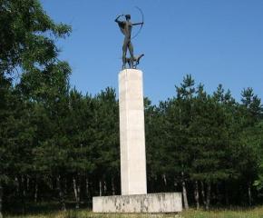 Три знакови скулптури за Ямбол се връщат за нов живот
