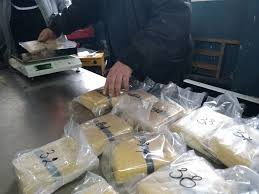 """Над 100 килограма хероин са задържани вчера на ГКПП """"Капитан Андреево"""", съобщи пресцентърът на прокуратурата. Контрабандата на дрогата на стойност 9 039..."""