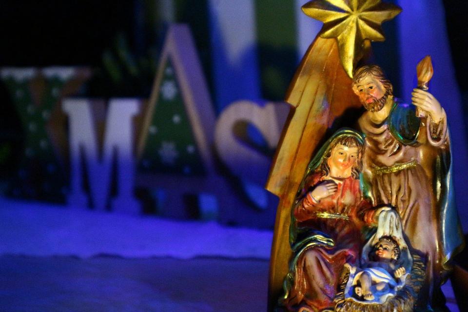 На 26 декември имен ден празнуват всички, които носят името Давид, Дацо, Дачо, Жозеф, Йосиф и производните им. На този ден църквата отбелязва празника...