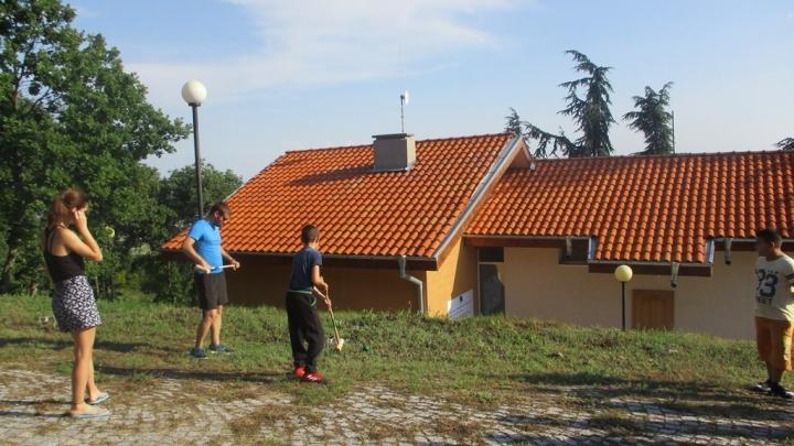 """Ученици от тунджански училища ще участват в пет ученически лагера, които ще се проведат от 1 до 11 септември в посетителския център на община """"Тунджа"""",..."""