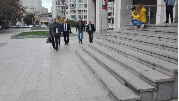 """Турският наказателен съд е отхвърлил днес поисканата отмяна за издирването с """"червена бюлетина"""" и екстрадиция на 4-мата български граничари, които са обвинени..."""
