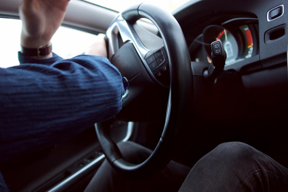 Наскоро у нас се проведе първият по рода си контролиран експеримент на удар на кола в рейс с 208 км/ч, съобщава БНТ. Повод за този експеримент е статистиката,...