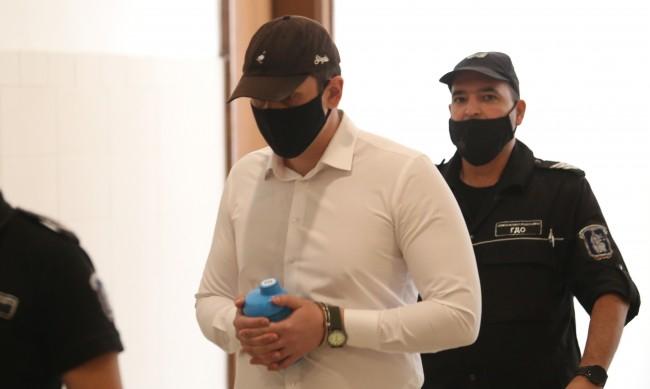 Кристиян Николов може да носи отговорност според законите на държавата. Това показа съдебно психиатричната експертиза на младия мъж, приета днес, 29 септември,от...