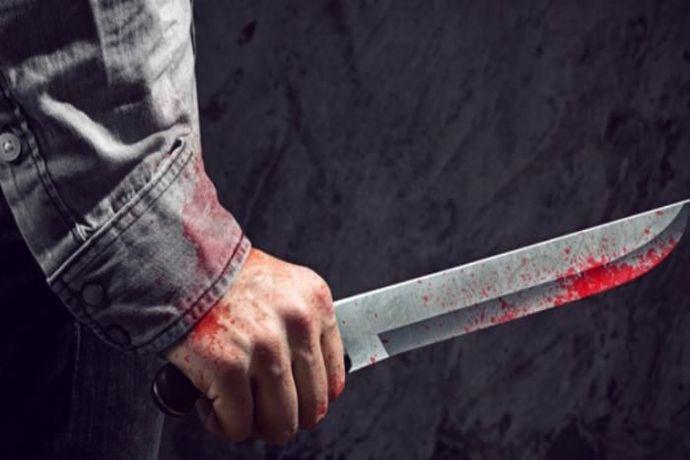 Окръжна прокуратура – Ямбол задържа за срок до 72 часа Стоян Б. (на 19 години). Той е обвинен за това, че умишлено е умъртвил 42-годишен мъж от град Елхово....