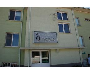 Ученици дариха продукти на инфекциозното отделение в Сливен