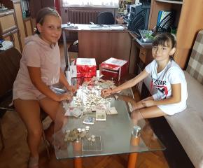 Ученици в помощ на малкия Виктор от Кабиле