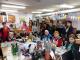 Ученици посетиха Дома за стари хора за Деня на християнското семейство
