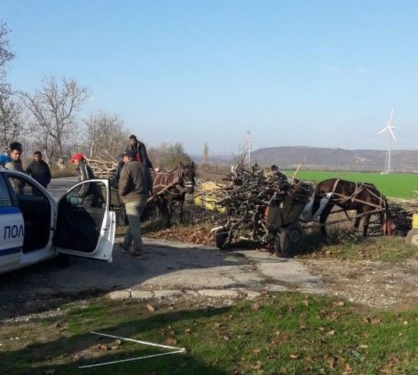 На 28 ноември 2019 г. при опит за спиране на нарушители с каруца, натоварена с незаконни дърва за огрев в района на гр. Стралджа е ударен един от служебните...