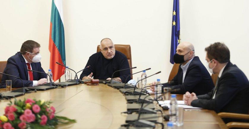 Извънредната епидемична обстановка се удължава до 30 април.Това стана ясно след заседание на Министерския съвет, което беше предхождано от работно съвещание...