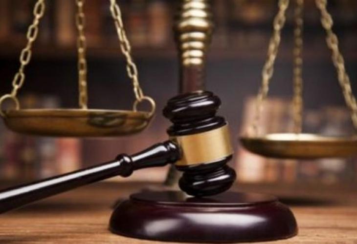 Двама мъже получиха първите си присъди от ямболския Районен съд за противозаконно лишаване от свобода на непълнолетен роднина, научи 999. На 22 октомври...