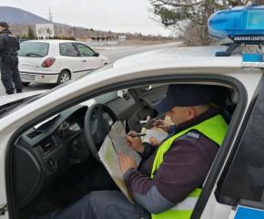 Установени нарушения и разкрити престъпления при мащабна полицейска операция в Сливенско