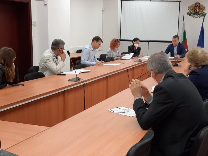 """Промените в маршрутните разписания по селата на община """"Тунджа"""" бяха утвърдени днес от Областната транспортна комисия, съобщават от областната администрация.Бяха..."""