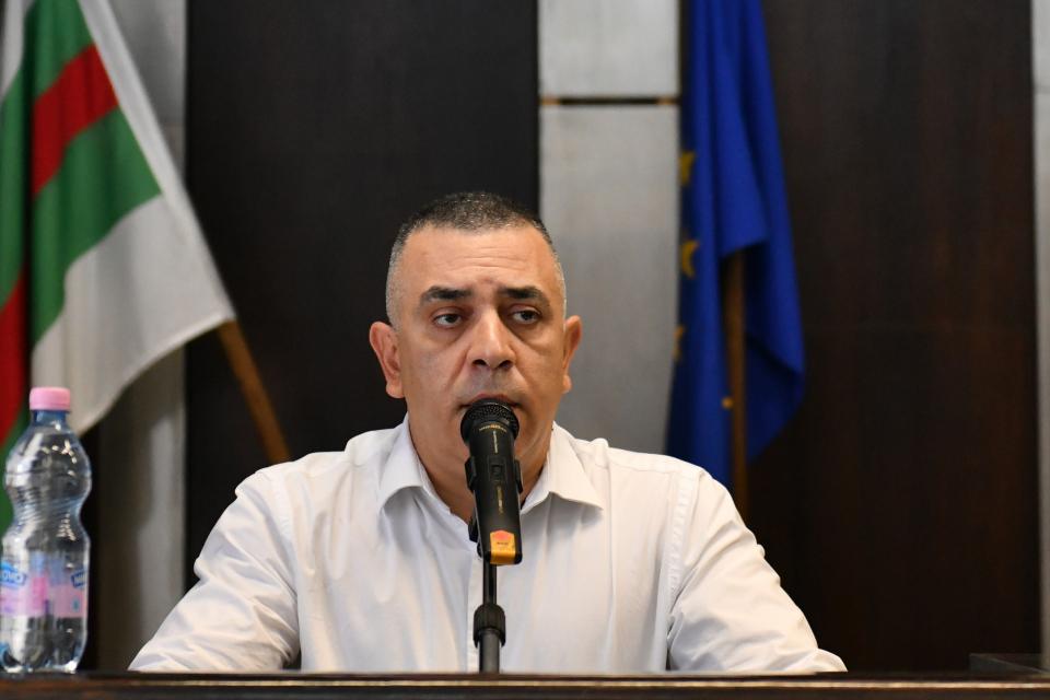 Работещите в сферата на социалните услуги в общността и специализираните институции, с делегирани от държавата дейности към Община Сливен, ще получат 15-процентно...