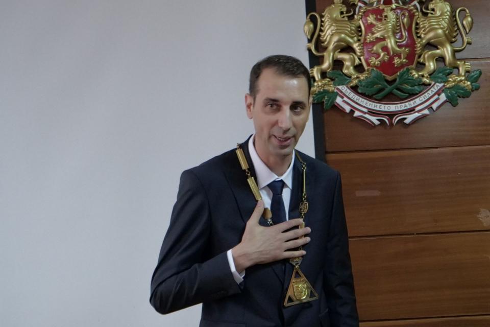Областният управител на Ямбол Димитър Иванов свика първото заседание на новия Общински съвет на Ямбол. На него новоизбраният кмет и общински съветници...