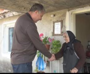 """Великден за баба и дядо в община """"Тунджа"""" достигна до над 1700 самотни възрастни"""