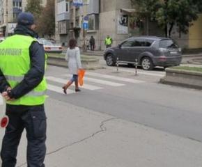 """Велосипедисти, каруцари и пешеходци с глоби след акция """"Зима"""""""