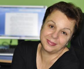 Веселина Седларска гост на Литературния клуб в родния Стралджа