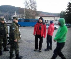 Военни се включиха в акцията за изчезналите баща и син в Централен Балкан