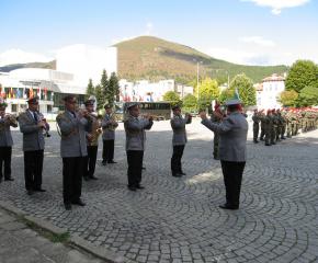 Военният духов оркестър на в.ф. 22220 ще изнесе концерт в Градската градина на град Сливен