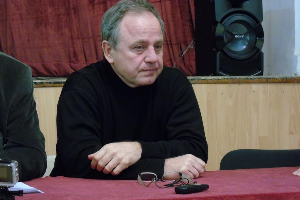 """На 9 октомври ще е първото представяне пред публика на новата книга на актьора Волен Митев """"Римувано"""". Това е шестата поред книга на писателя, която изненадва..."""