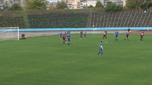 """Футболът в Трета лига на България, или по-известната """"В"""" югоизточна група, ще продължи през сезон 2020/21 година. До 30-ти юни клубовете имат право да..."""