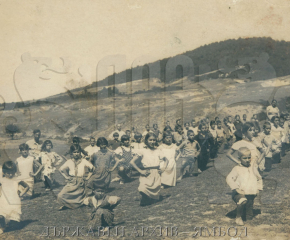 Ямбол - от древността към бъдещето: На летен детски едномесечен лагер в Ахтопол през 1928 г.
