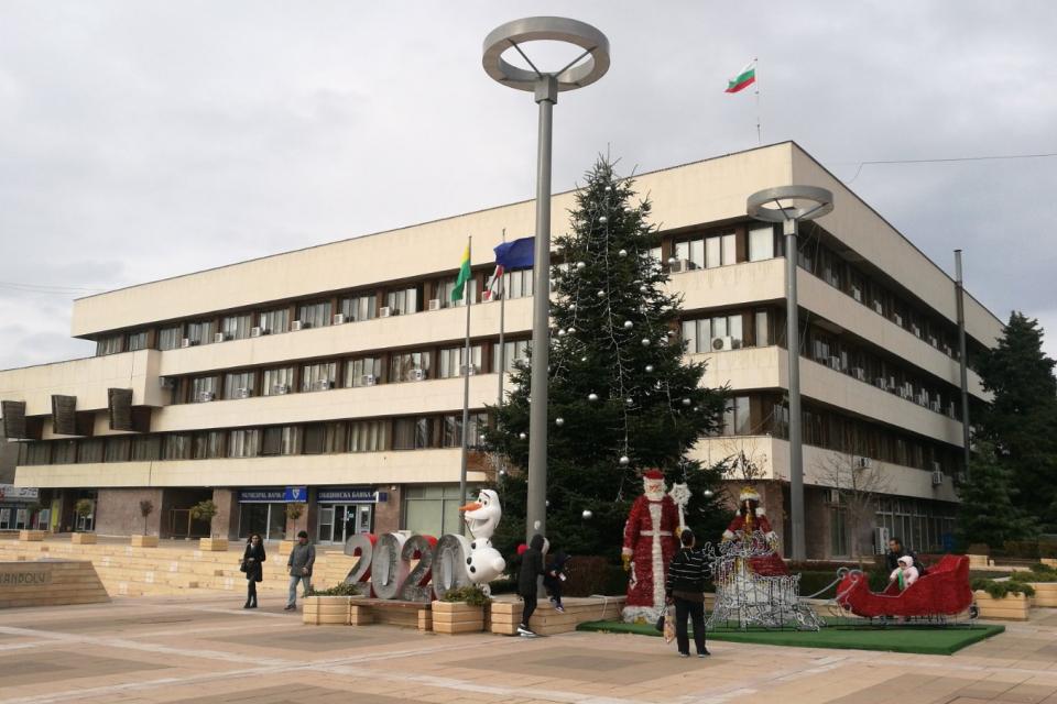 На 21 януари (вторник), от 17:30 часа в зала 107 на община Ямбол ще се състои публично обсъждане на проекта за бюджет на общината за 2020 година. Кметът...