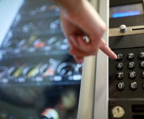 Заловиха сериен разбивач на вендинг автомати в Ямбол